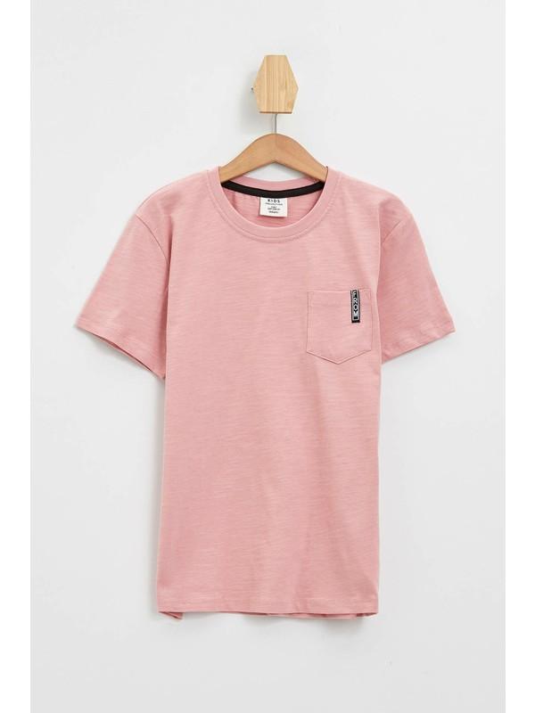 Defacto Erkek Çocuk Tek Cepli T-shirt