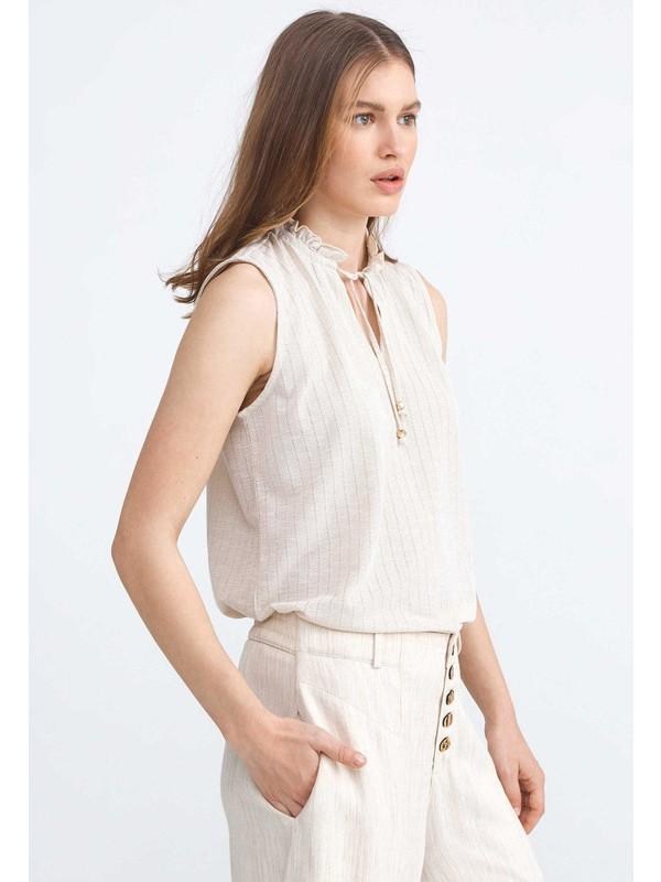 Xint Büzgülü Açık V Yaka Sim Detaylı Rahat Kesim Bluz