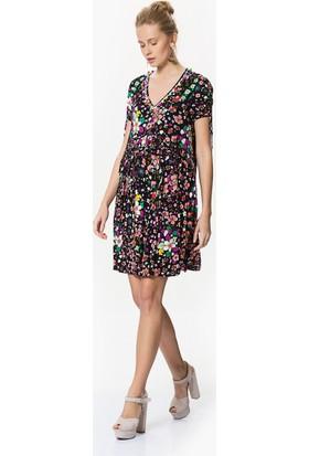 Roman V Yaka Detaylı Floral Desenli Elbise