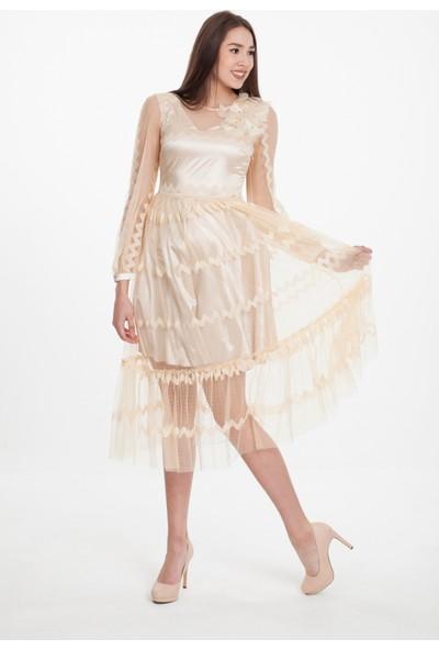 Reaction Exclusive Zikzak Desenli Sol Omuzu Detaylı Astarlı Ten Rengi Tül Elbise 4180