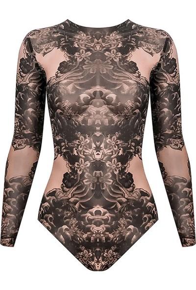 Rivus Alttan Çıtçıtlı Dövme Desenli Transparan Tül Body