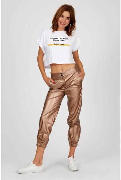 Setre Ekru Kısa Kol Slogan Baskılı Crop Pamuk T-Shirt