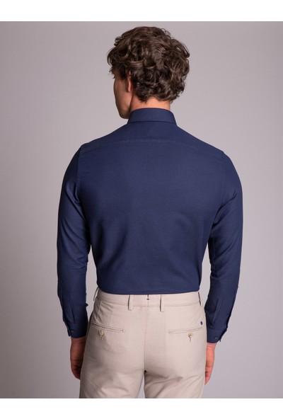 Dufy Lacivert Yaka İğneli Klasik Erkek Gömlek - Slim Fit