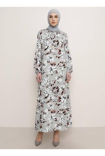 Tavin Viskon Floral Desenli Elbise Gri