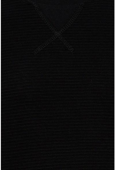 DeFacto Basic Slim Fit Uzun Kol Bisiklet Yaka Tişört M8356AZ20SP