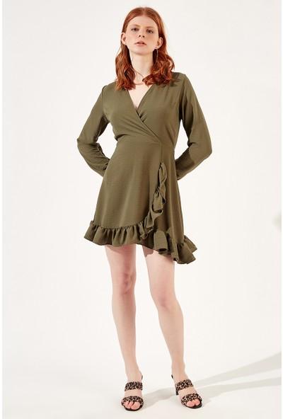 Manche Haki Kadın Yandan Fırfırlı Kruvaze Yaka Elbise Mk20S283762