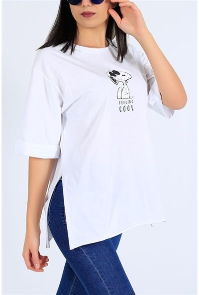 Latte WomanSnoopy Baskılı Yırtmaçlı Beyaz Salaş Tişört