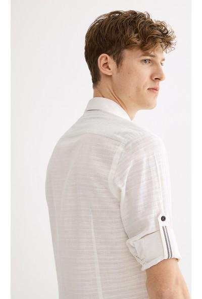 Avva Erkek Beyaz Enine Jakar Düğmeli Yaka Slim Fit Gömlek A01Y2011