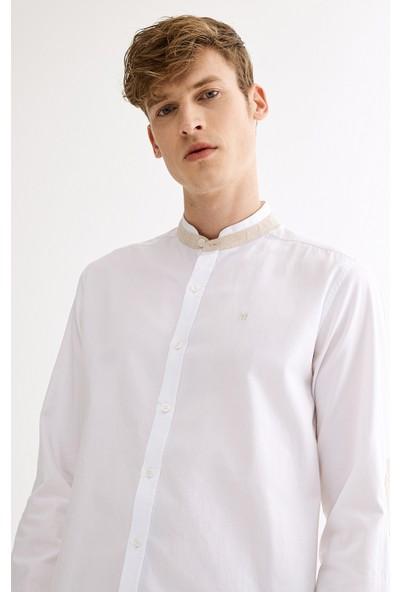 Avva Erkek Beyaz Hakim Yaka Slim Fit Gömlek A01S2277