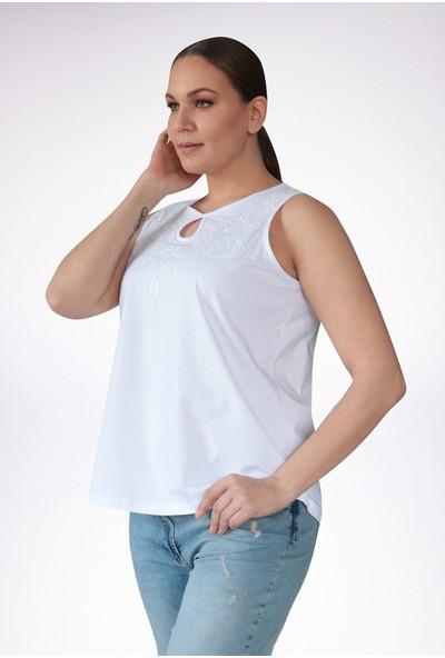 No Secret Büyük Beden Nakışlı T-Shirt