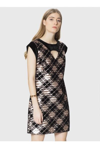 Roman Boyun Detaylı Ekoseli Payet Elbise-K1811256-089