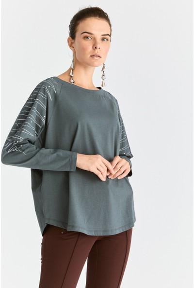 Roman Kol İşlemeli Sweatshirt-K2054130-089