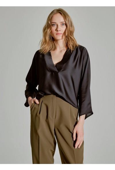 People By Fabrika Kadın Basic V Yaka Bluz