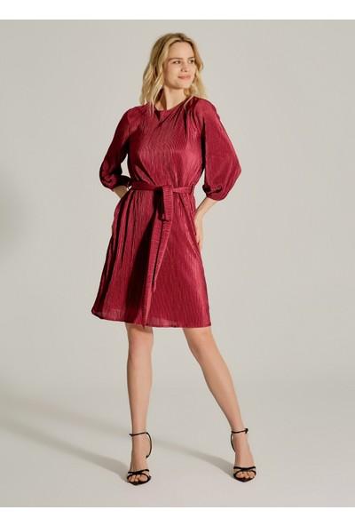 Ngstyle Kadın Piliseli Kuşaklı Elbise