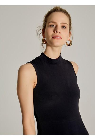 Ngstyle Kadın Dik Yakalı Yırtmaçlı Elbise