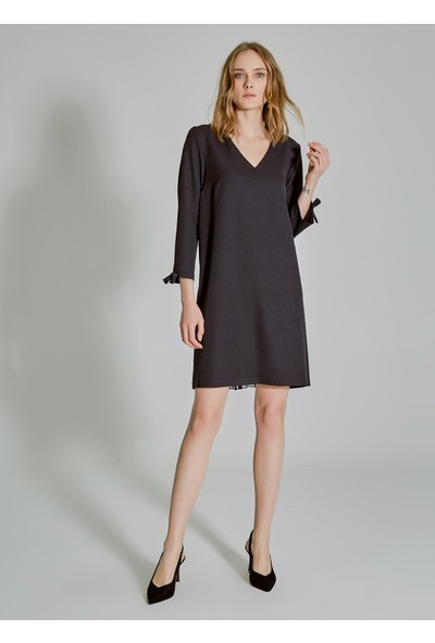 People By Fabrika Kadın Arkası Pilise Detaylı Elbise