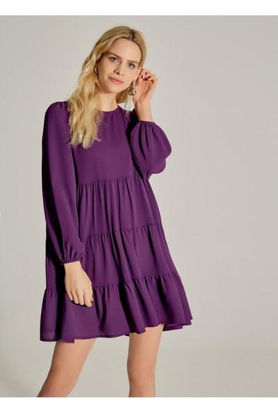 Ngstyle Kadın Büzgülü Balon Kollu Elbise