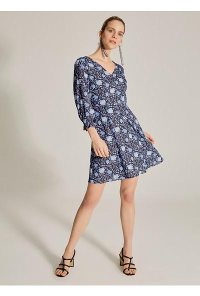Ngstyle Kadın Çiçek Desenli V Yaka Elbise