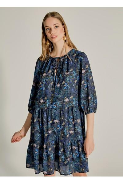 Ngstyle Kadın Çiçek Desenli Büzgülü Elbise