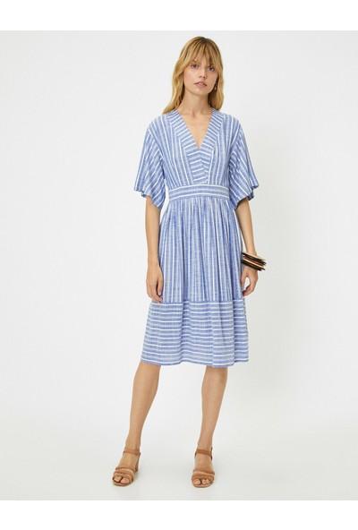 Koton Kadın Çizgili V Yaka Elbise