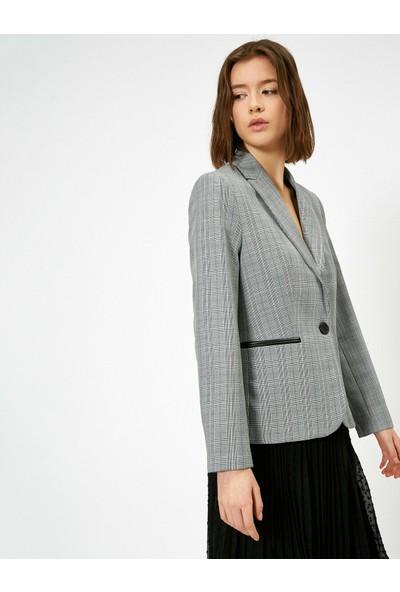 Koton Kadın Kareli Blazer Ceket