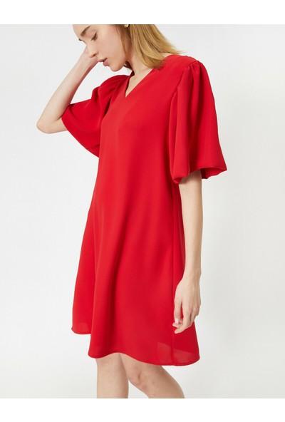 Koton Kadın V Yaka Kısa Kollu Midi Elbise