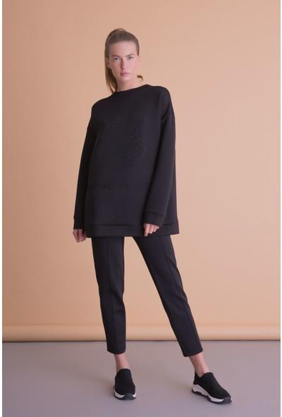 Gizia Taş İşlemeli Siyah Scuba Sweatshirt
