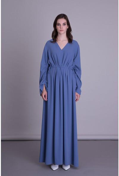 Gizia V Yaka Uzun Mavi Kumaş Elbise