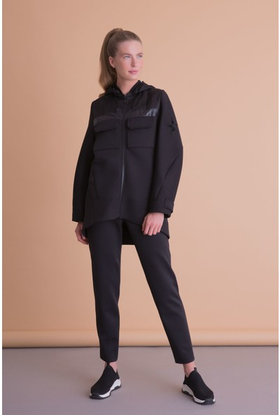 Gizia Yıldız Armalı Kapüşonlu Siyah Sweatshirt