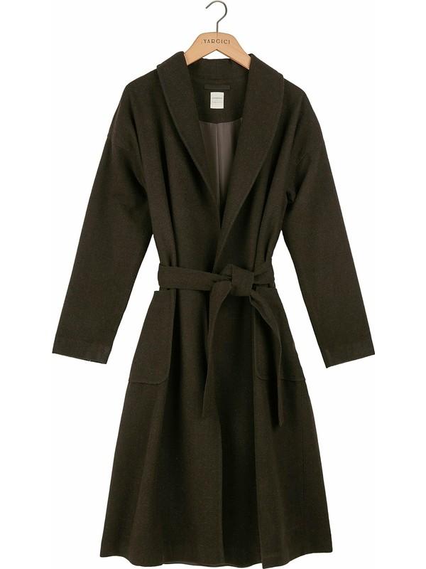 Yargıcı Kadın Şal Yakalı Palto