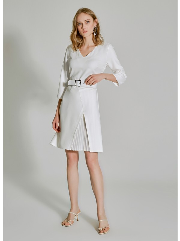 People By Fabrika Kadın Pilise Detaylı Kemerli Elbise