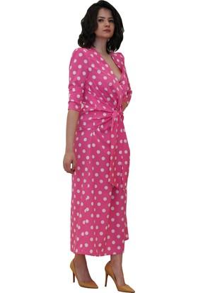 Discrete Pembe Puantiyeli Elbise