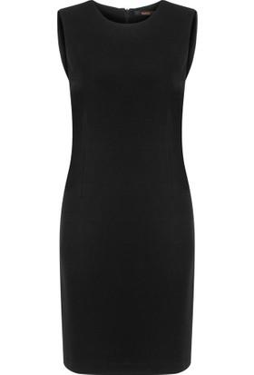 Gusto Kolsuz Klasik Jile Elbise - Siyah