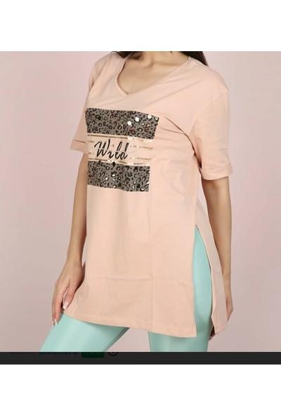 Olivia Önü Baskılı Moda Mercan Yırtmaçlı Kadın T-Shirt