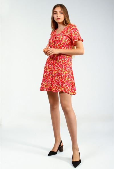 Collezione Kırmızı Önü Düğmeli Çiçek Desenli Kısa Kollu Mini Kadın Elbise