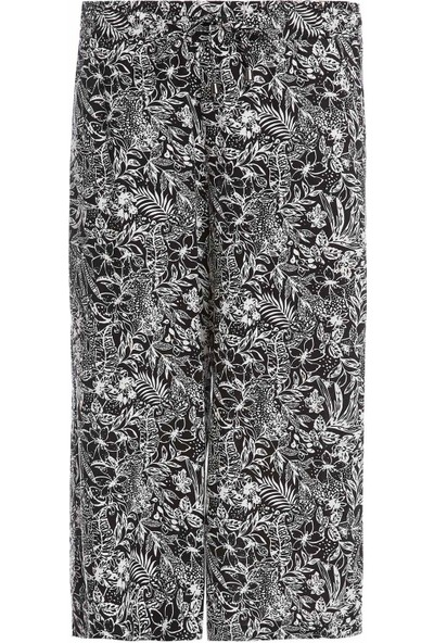 DeFacto Kadın Bağcık Detaylı Desenli Rahat Kesim Kapri