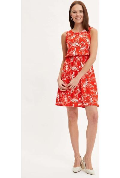 DeFacto Kadın Çiçek Desenli Belden Bağlama Detaylı Örme Elbise