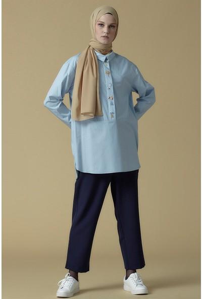 Armine Nakış Detaylı Bluz