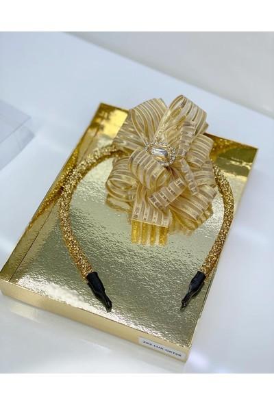 Queen Accessories Gold Kristal Taşlı Şerit Kurdele Luxury Anne Kız Çocuk Hediye Kına Düğün Tak Çıkar Taç