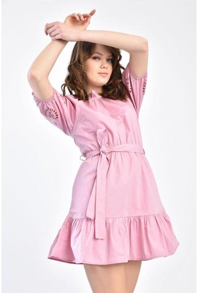 Parkkaron Kadın Kolları Lazerli Volan Detay Elbise
