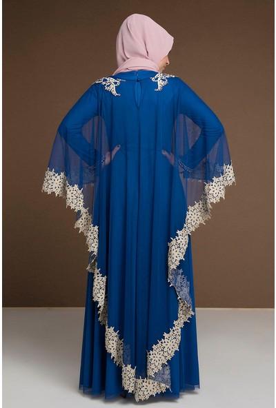 Devri Sultan Boncuk Işlemeli Çıkarılabilir Pelerinli Büyük Beden Tesettür Abiye Saks Elbise
