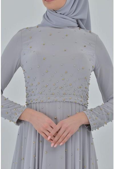 Devri Sultan Boydan Serpme Inci Detaylı Tesettür Abiye Gri Elbise