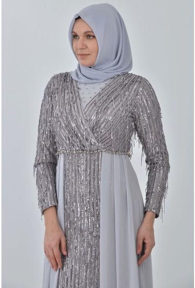 Devri Sultan Kruvaze Yaka Payet Saçaklı Tesettür Abiye Gümüş Elbise