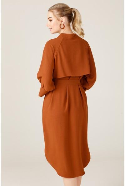 On Yarasa Kol Elbise