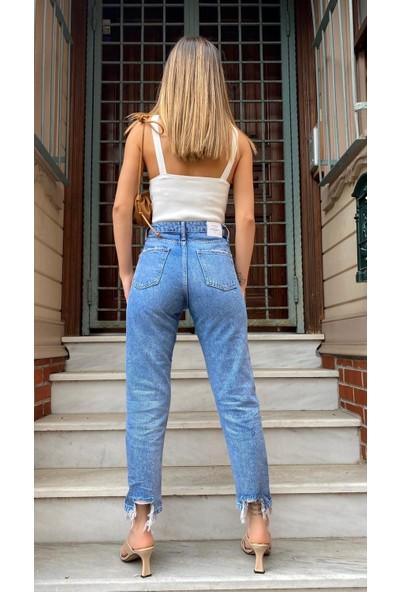 Moda Çelikler Yırtık Detaylı Yüksek Bel Kot Jean