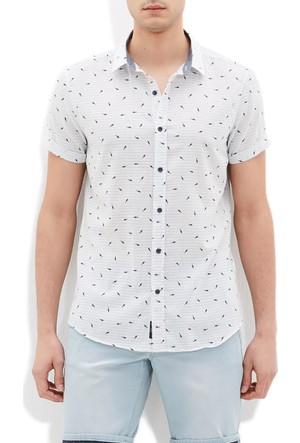 Mavi Erkek Balık Baskılı Beyaz Gömlek
