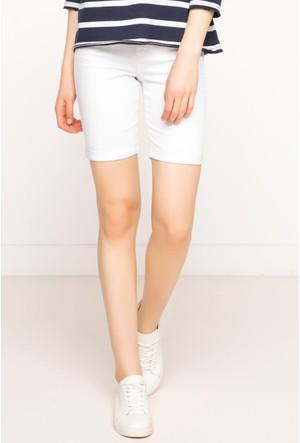 DeFacto Kadın Basic Süper Skinny Bermuda Beyaz