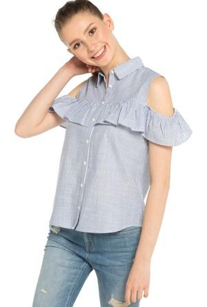 LC Waikiki Kız Çocuk Omuzu Açık Fırfır Detaylı Gömlek