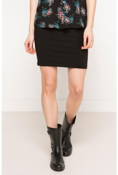 DeFacto Kadın Basic Kısa Etek Siyah