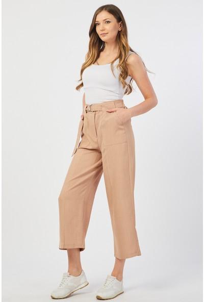 Bazza Dıştan Cepli Koyu Bej Kadın Pantolon